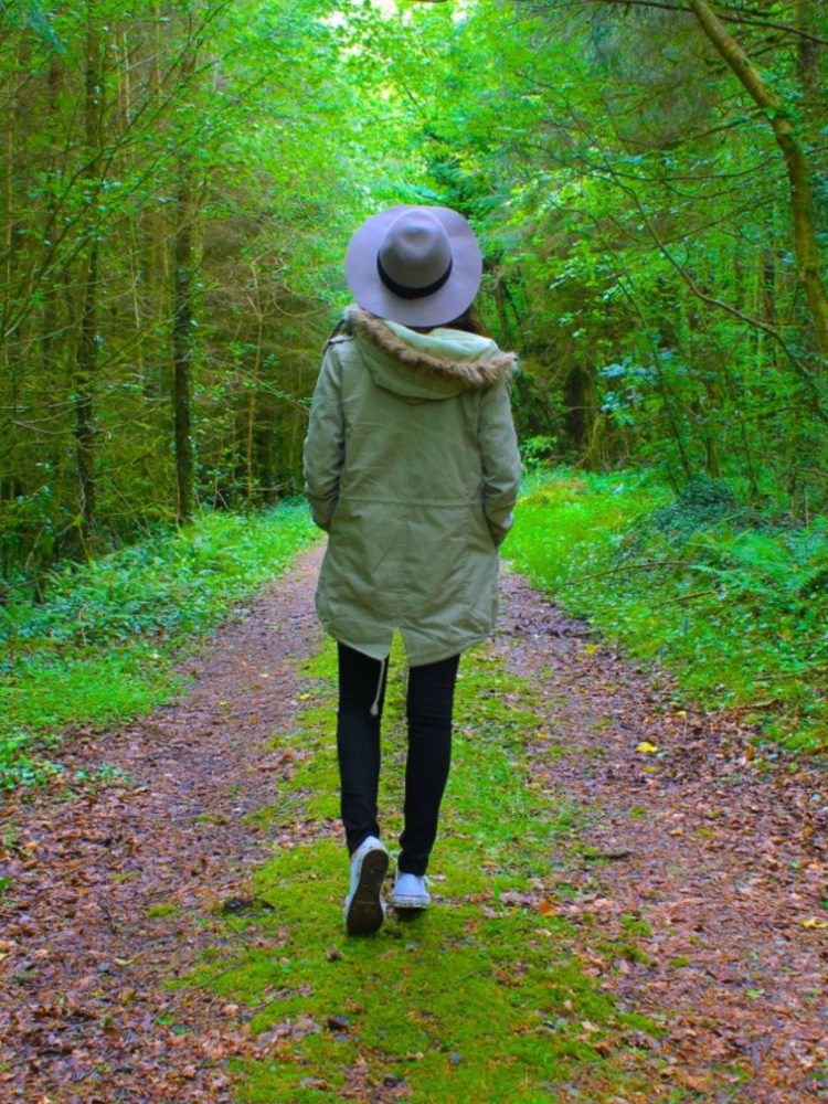 Solo and Social: How to meet people when you travel solo