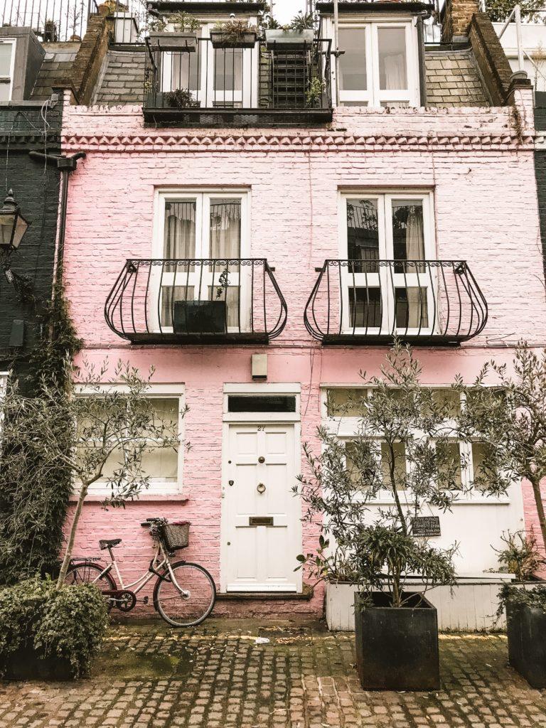 Notting Hill Travel Guide | WORLD OF WANDERLUST