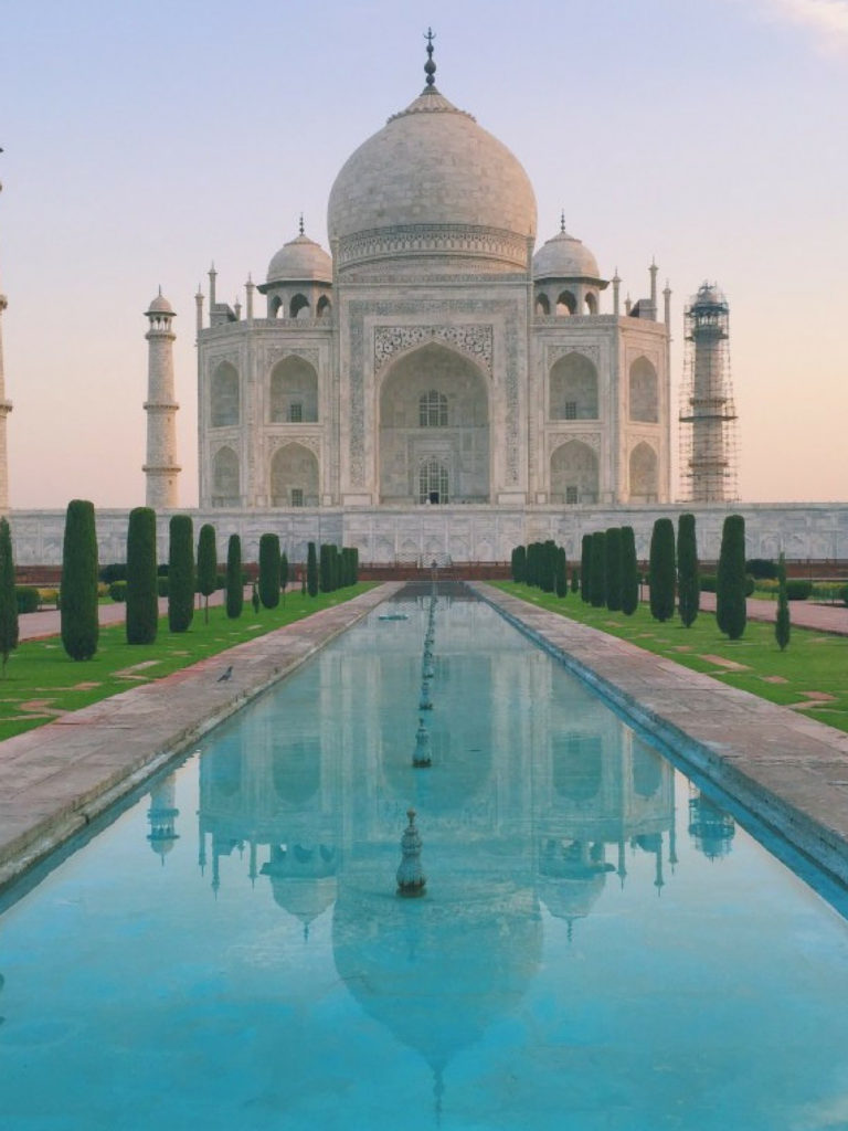 Taj Mahal India | WORLD OF WANDERLUST