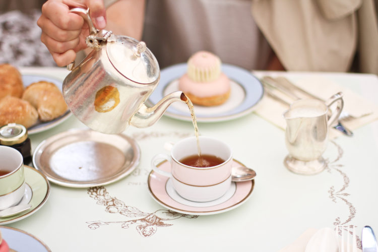The 6 Best Afternoon Teas in Paris