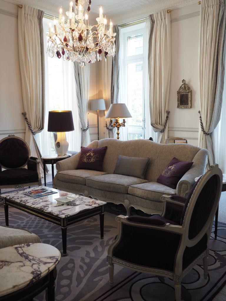 Hôtel Plaza Athénée Paris | World of Wanderlust