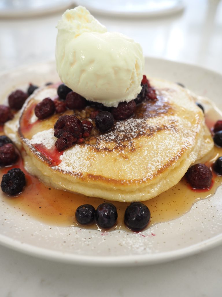How to make Fluffy Pancakes | World of Wanderlust