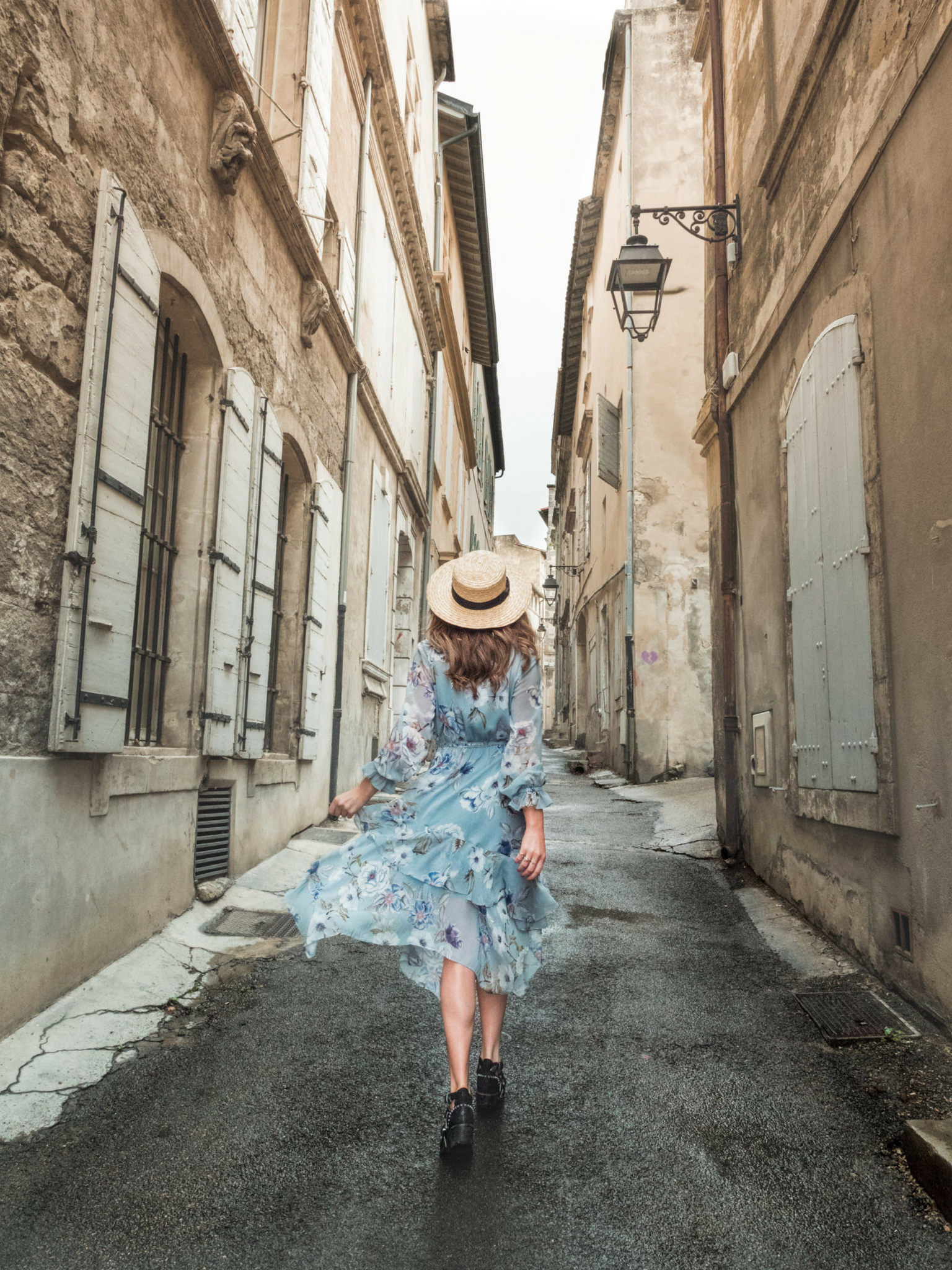 Guide to Arles | WORLD OF WANDERLUST