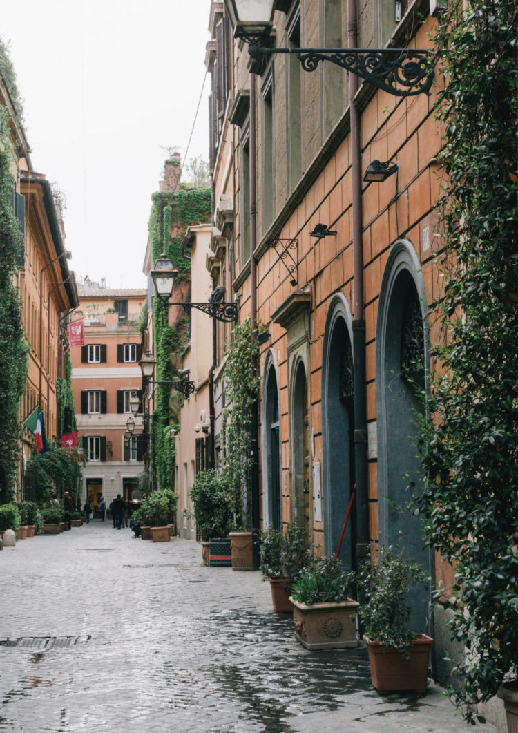The WOW Guide to Rome