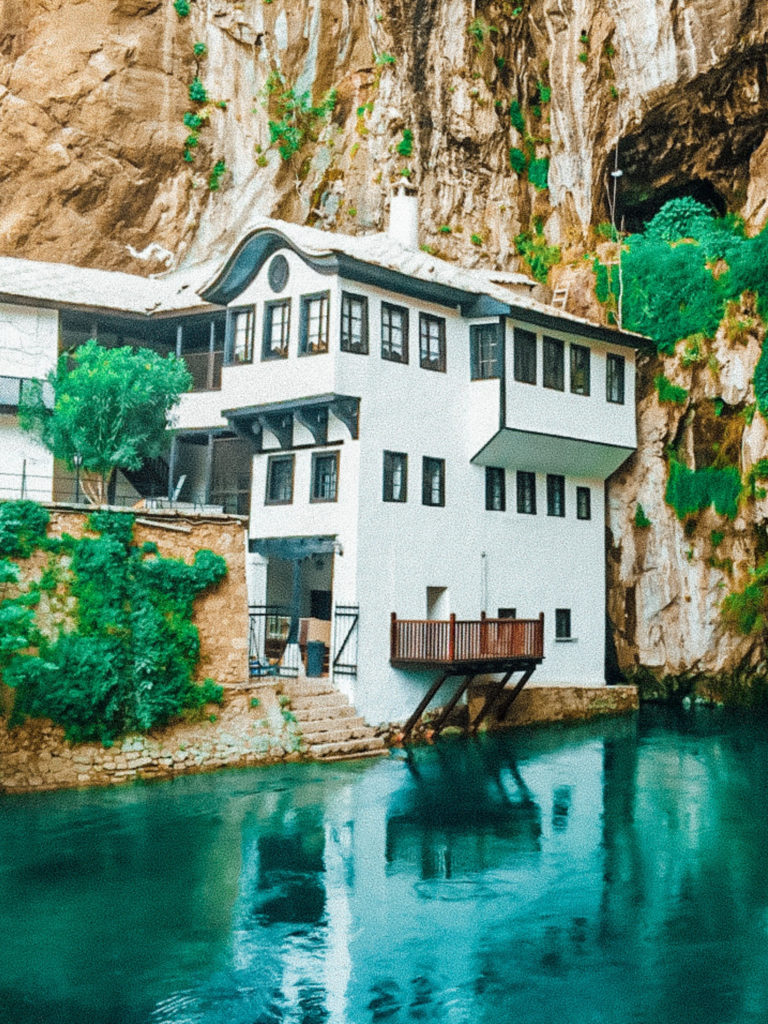 Mostar Bosnia | WORLD OF WANDERLUST