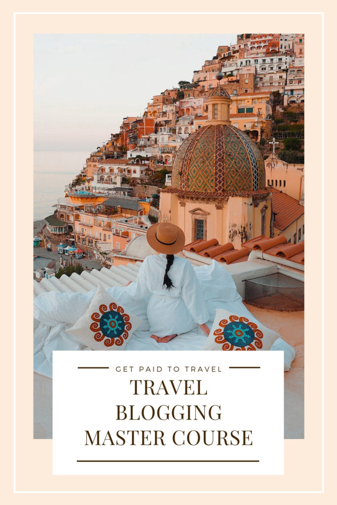 How to become a travel blogger